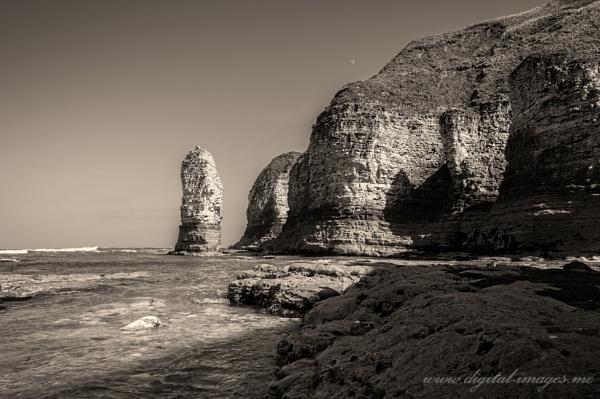 Selwicks Bay by Alan_Baseley