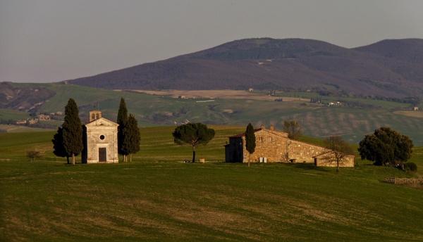 Madonna di Vitaleta Chapel by rbai2007