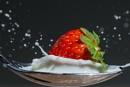 Strawberry splash. by oldblokeh