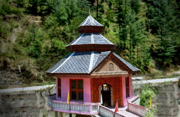 Saraj valley[Mandi] India by Bantu