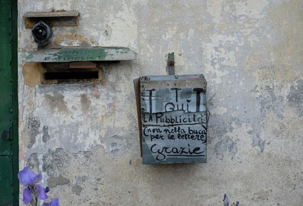 Mailbox by Split