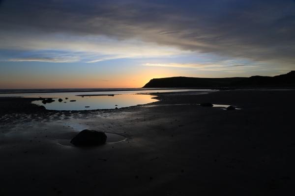 St,Bess beach sunset by TobesOfHades