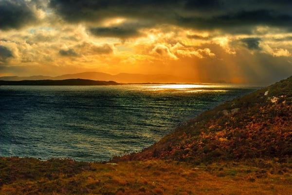 Atlantic ocean, west coast of Ireland by diamondgeezah