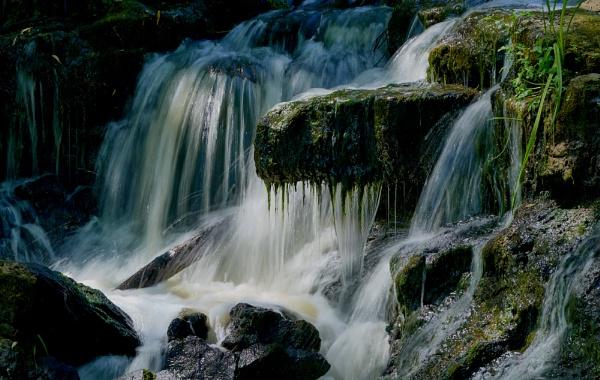 Hever Falls by JJGEE
