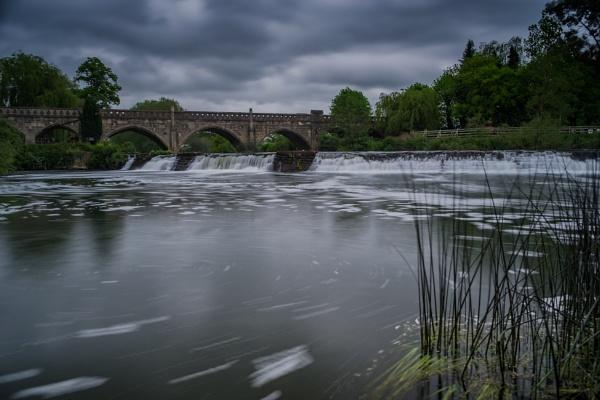 Bathampton Weir by CrustyPics