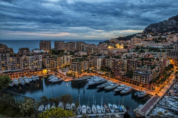Evening in Monaco by zdumus