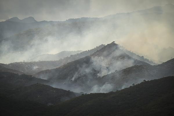 Mountain fires Cuba by vivdy