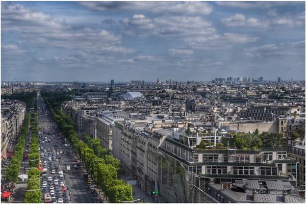 The Champs-Élysées by ColleenA