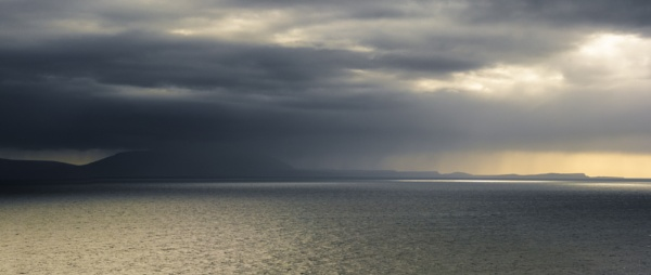 Over the Sea to Skye by gerainte1
