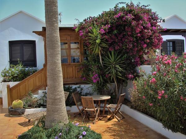 Paradise Garden by PentaxBro