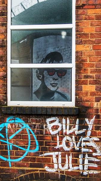 Billy loves Julie by photographerjoe