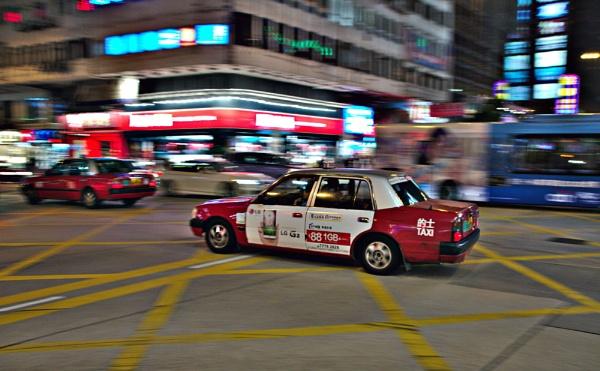 Hong Kong Taxi by Steven_Tyrer