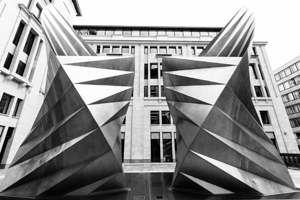 Modern Sculpture by rontear