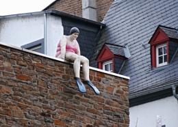 Don't jump Ethel!