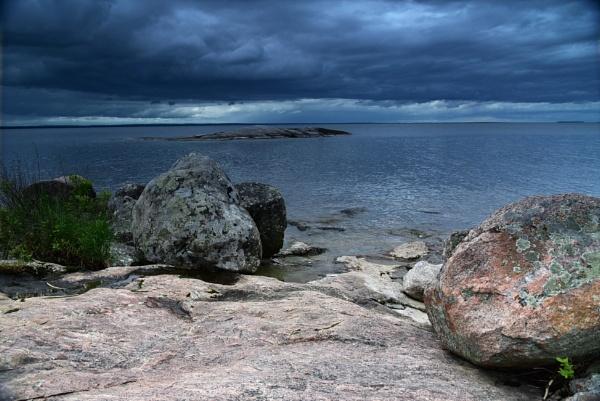 Dark clouds by djh698