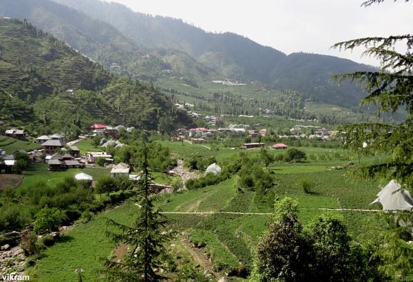 Janjehili Town view[Mandi] India by Bantu