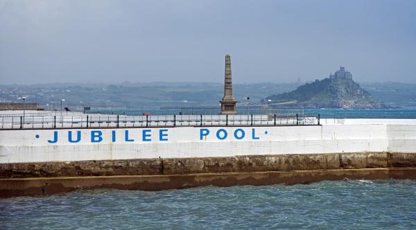 Jubilee pool by Madoldie