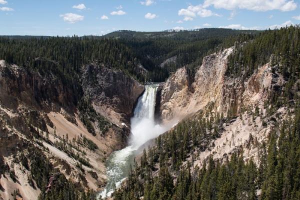 Upper Yellowstone Falls by Janetdinah