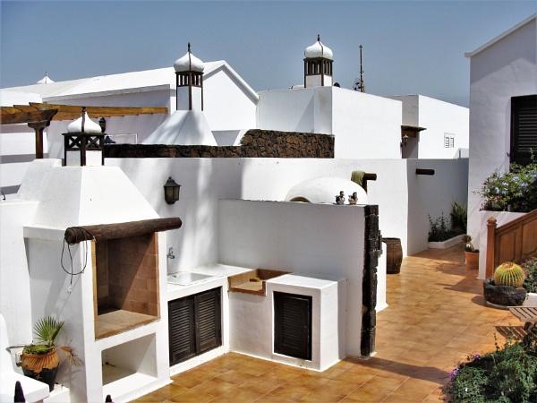 Garden Architecture by PentaxBro