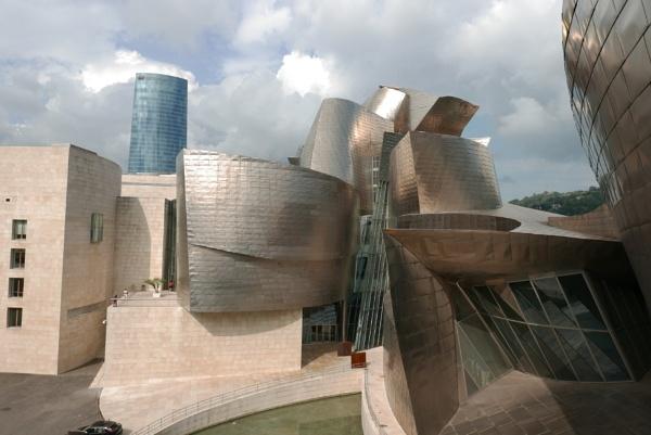 Guggenheim, Bilbao by tonycullen
