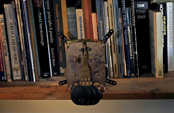 Pendulum swings by gonedigital62