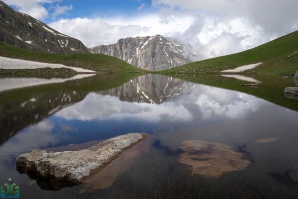 Drakolimni (Dragon Lake) by jamesgrant