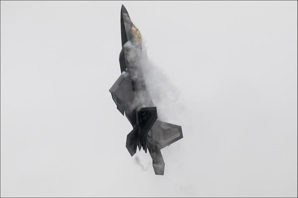 Lockheed F-22A Raptor by Les_Cornwell