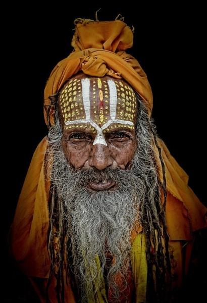 Wandering sadhu in Kathmandu by sawsengee
