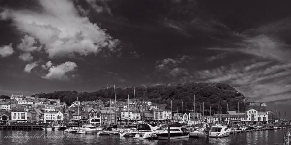 Castle & Boats by Alan_Baseley