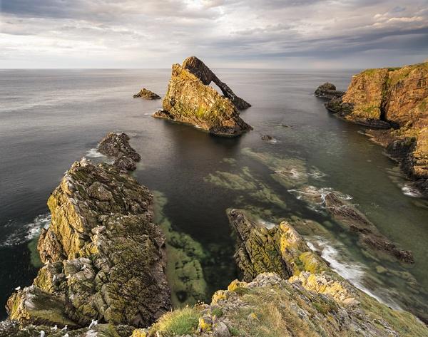Portknockie rocks by Dallachy
