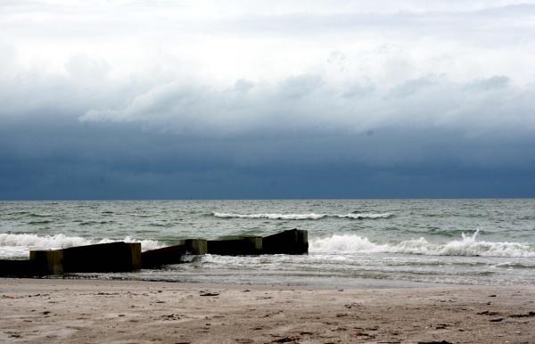 Stormy Monday by Nesto