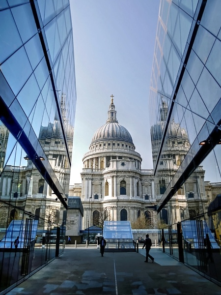 St Paul\'s Cathedral London by StevenBest