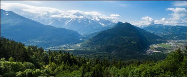 View from Plaine Joux, Haut Savoie by bwlchmawr