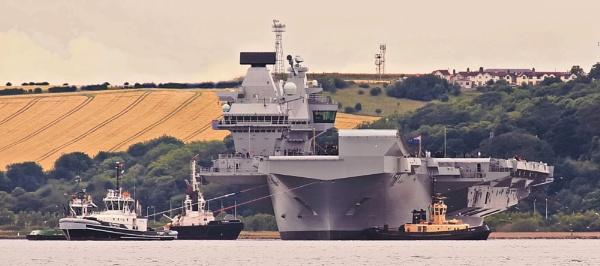 HMS Queen Elizabeth:  Sea Trials by photowanderer