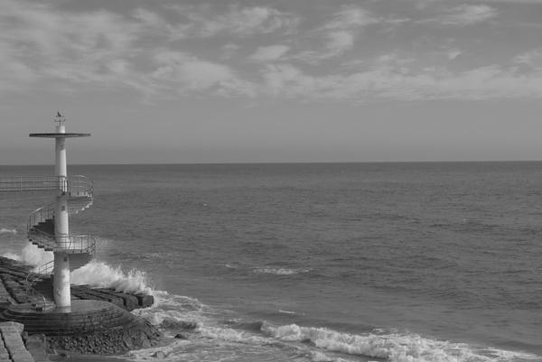 Stairway to the beach, Cadiz (Cádiz) by tonycullen