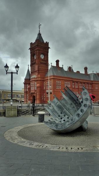 Cardiff cliche by Meditator