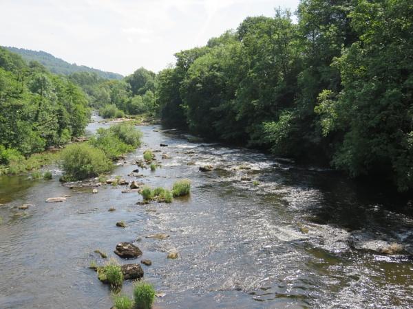 Running River by voyger1010