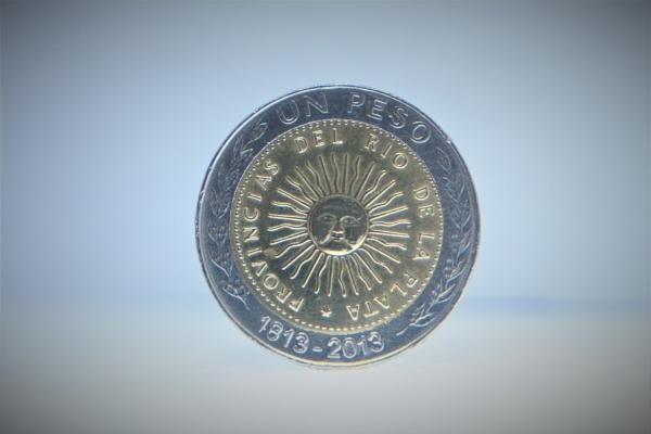 A peso coin  by DiegoCueto75