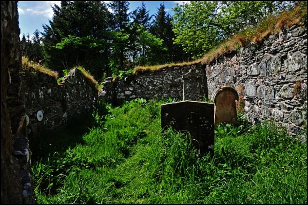 Ruined Chapel Geigha by Grumby