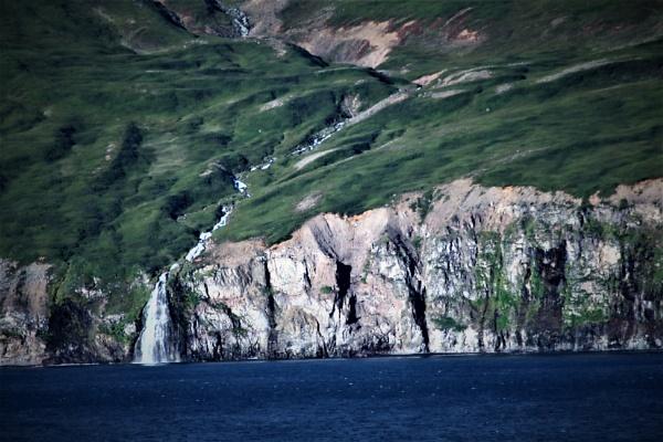 iisafjordur by mountains
