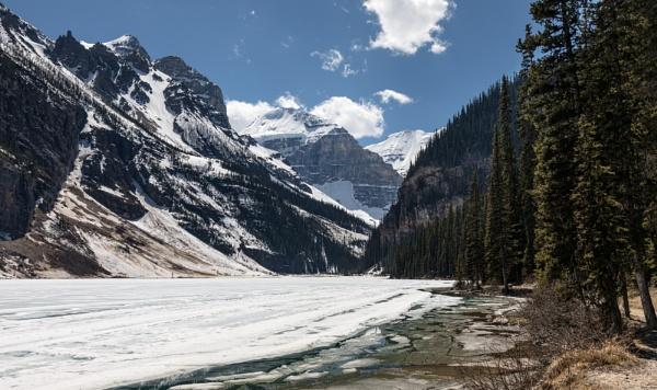 Frozen by Jasper87