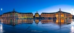 Bordeaux Mirroir d'Eau Blue Hour......