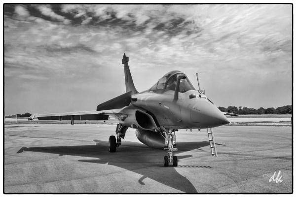 Dassault Rafale by chataignier