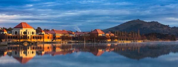 Lakeside, Tuggeranong, Canberra by BobinAus