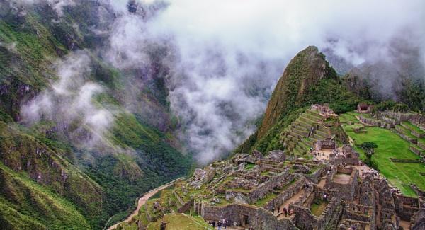 Maichu Pichu by loomba