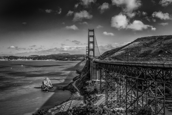 Golden Gate Bridge by loomba