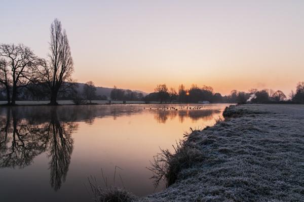 Mapledurham Dawnled by jimhellier