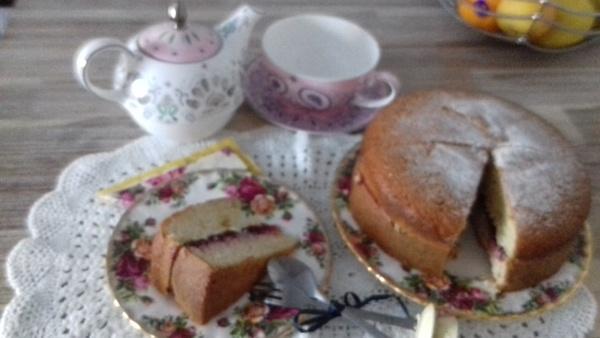 Tea time by pentaxpatty