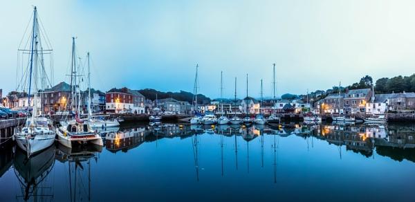 Padstow Harbor by MonochromeTear
