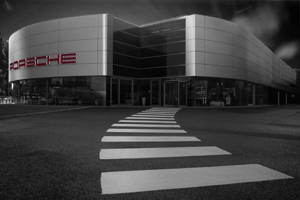 Porsche by marktc